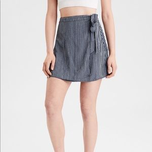 !!4 for $15!! American Eagle Tie Skirt